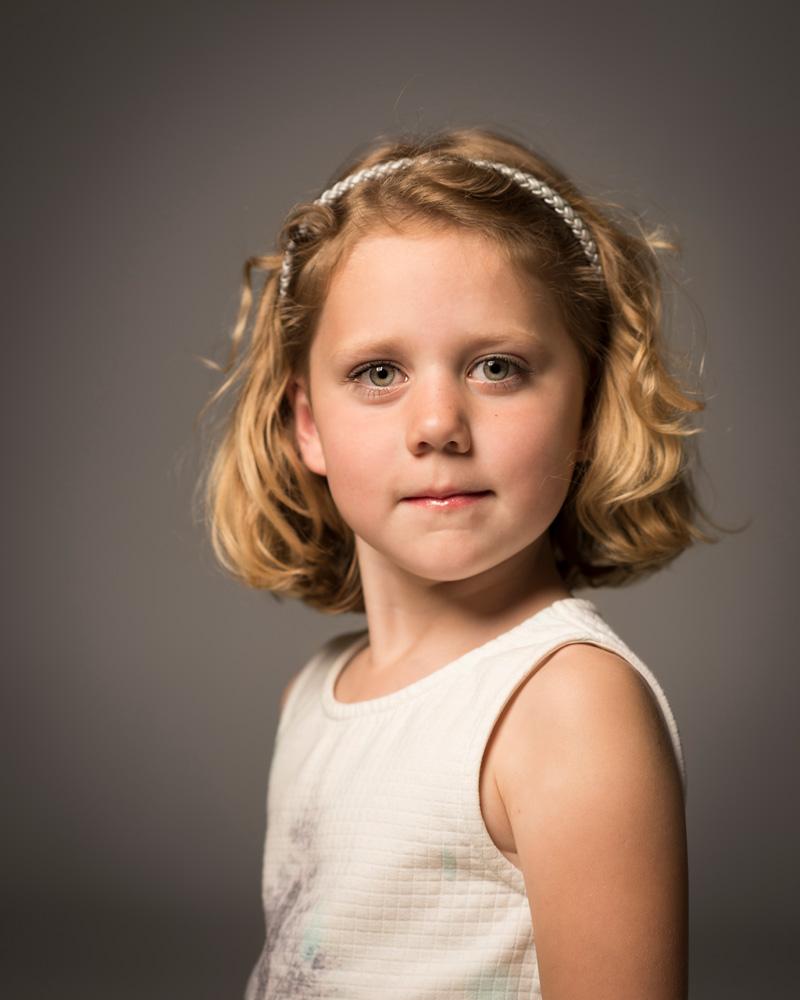 Portretfoto meisje, Lynthe Stevering, Rembrandt licht