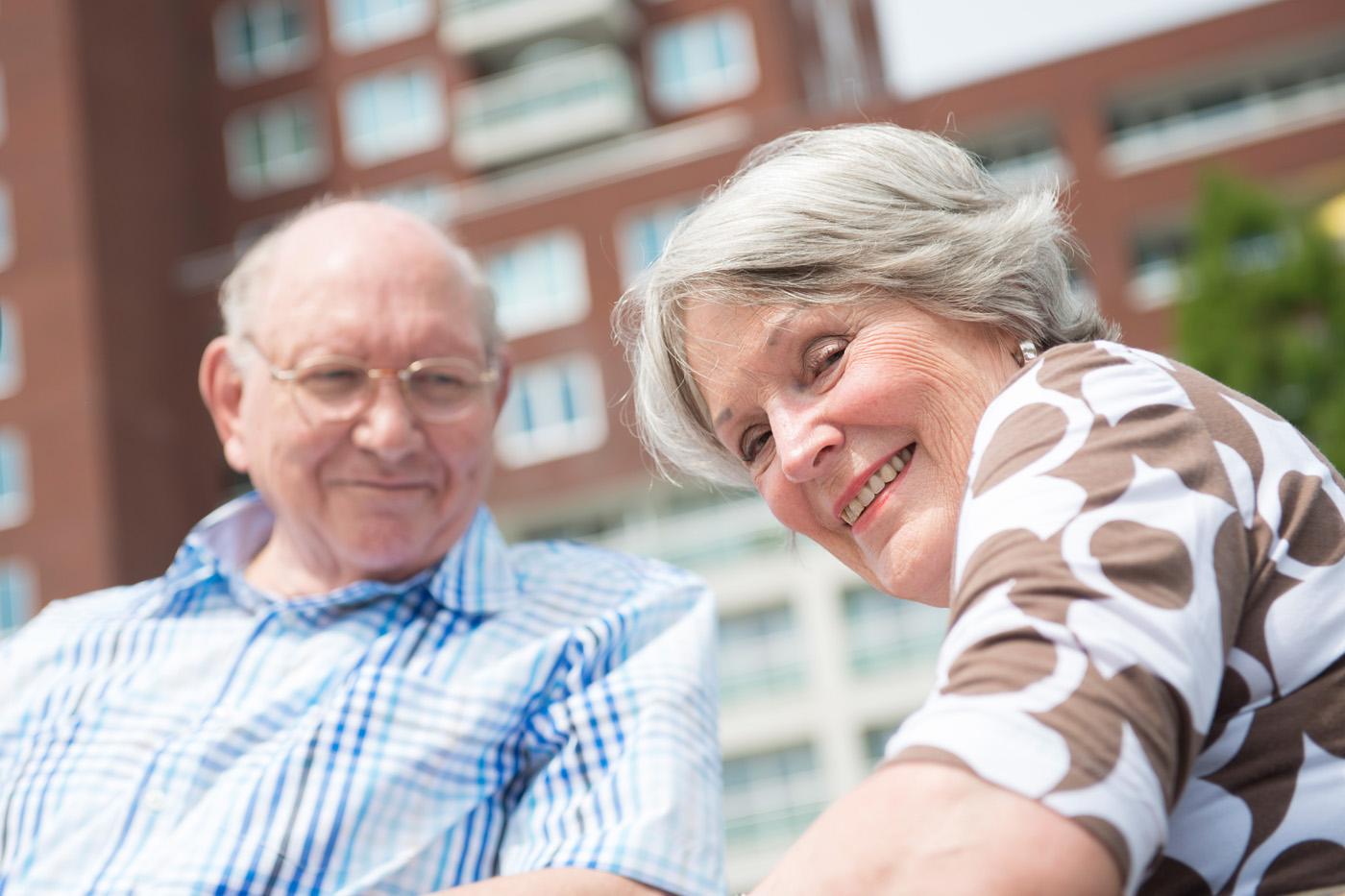 ouder echtpaar, de Vijverhof, Capelle aan de IJssel